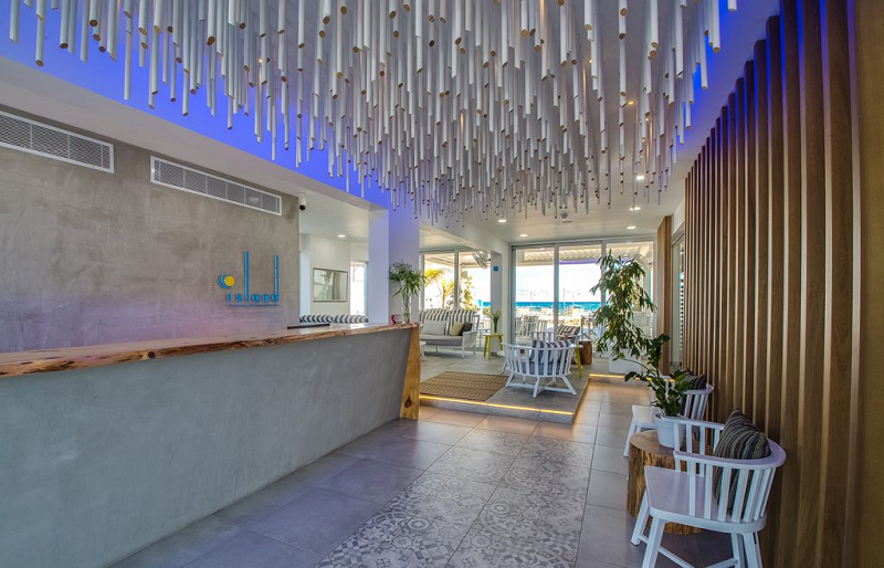 Island boutique hotel in larnaca e.m. studio bagno ltd
